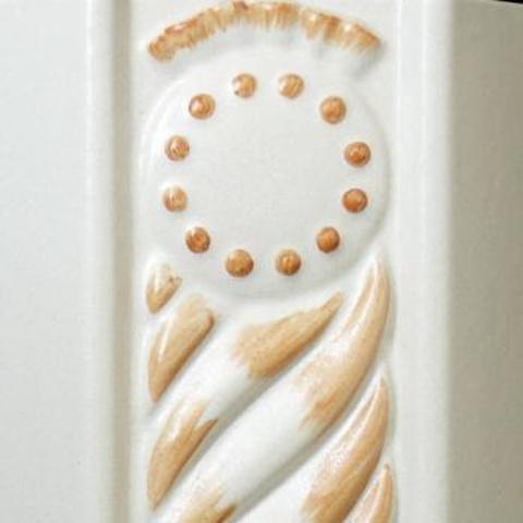 Bild: Lisene 125 Glasur 1100 braun dekoriert