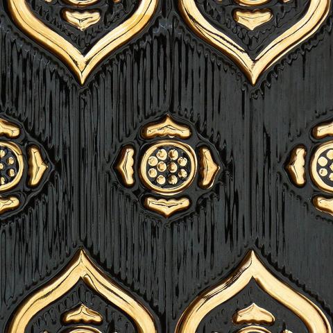Bild: K 222 · Glasur 1046 Gold dekoriert