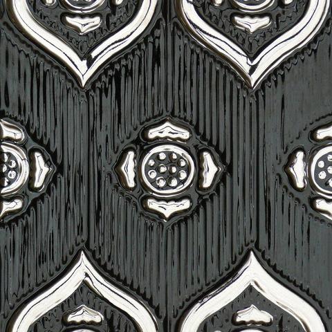 Bild: K 222 · Glasur 1046 Platin dekoriert