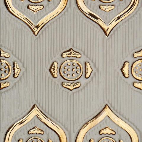 Bild: K 222 · Glasur 1040 Gold dekoriert