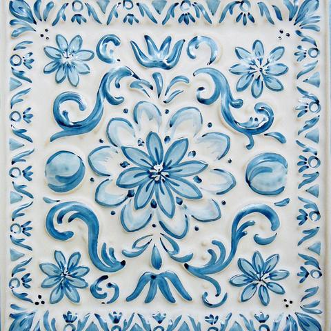 Bild: K 221 · Glasur 801 blau dekoriert