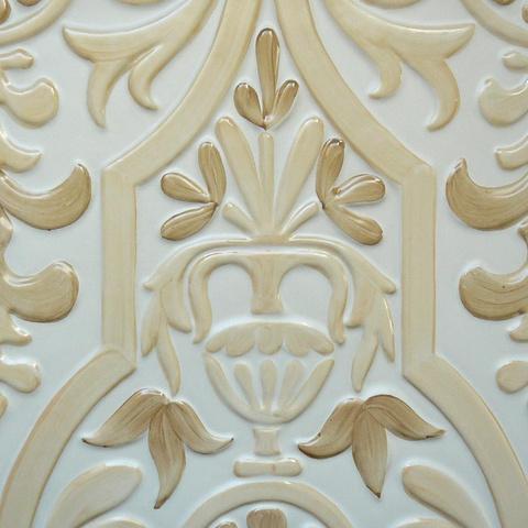 Bild: K 216 · Glasur 801 braun hell/dunkel dekoriert