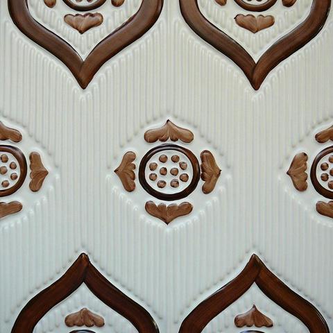 Bild: K 222 · Glasur 801 braun hell/dunkel dekoriert