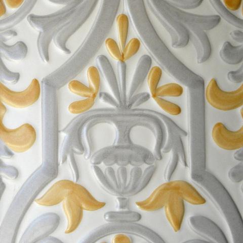Bild: K 216 · Glasur 1040 gelb/grau dekoriert